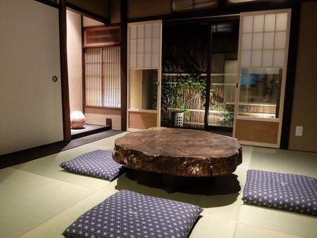 一日一組限定京町家一棟貸し 歴史残る宿