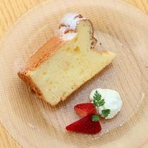 小坪の塩シフォンケーキ
