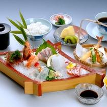 *【お刺身御膳】その時期の旬なお刺身に天ぷらがついた贅沢な定食です♪