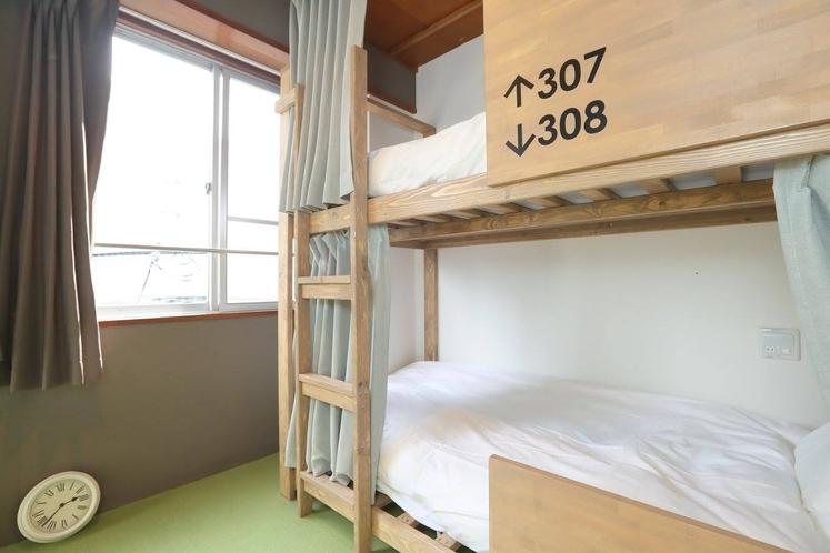 個室 二段ベッド付 大人6名用 3階