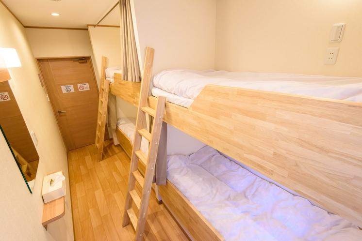2段ベッド2台