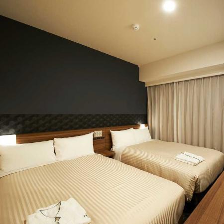【客室】スタンダードツイン<15.6m2>シーリー製ベッド幅120cm