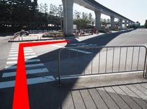 ◆シーのバスのりば道順9◆横断歩道を渡り右に進む