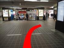 ◆新浦安駅「D」のりば案内2◆改札出て右手に進む