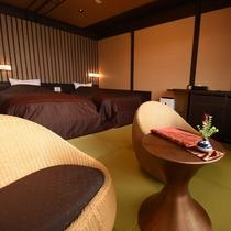 淡海:こちらのお部屋は全面畳敷きで素足でも心地いい、どこか懐かしいながらもお洒落な雰囲気のお部屋です