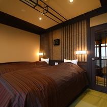 翠雨:ベッドルームも畳敷きになっており、ほっこり心安らぐお部屋でおくつろぎくださいませ。