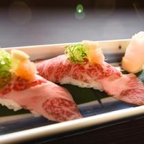 近江牛づくし:口の中に入れた瞬間、とろける美味さ。新鮮な近江牛でしか味わえないお寿司をご堪能ください