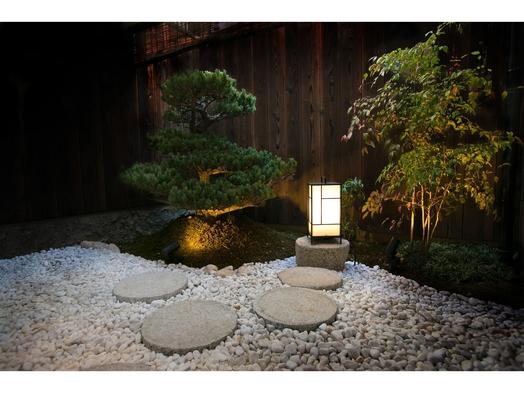 【秋冬旅セール】【一棟貸切・素泊まり】京都旅行は町家スタイルの宿でプライベートステイ!(駐車場無料)
