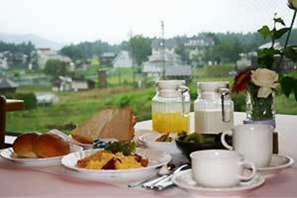 【朝食付】グリーンシーズン:1泊朝食付プラン