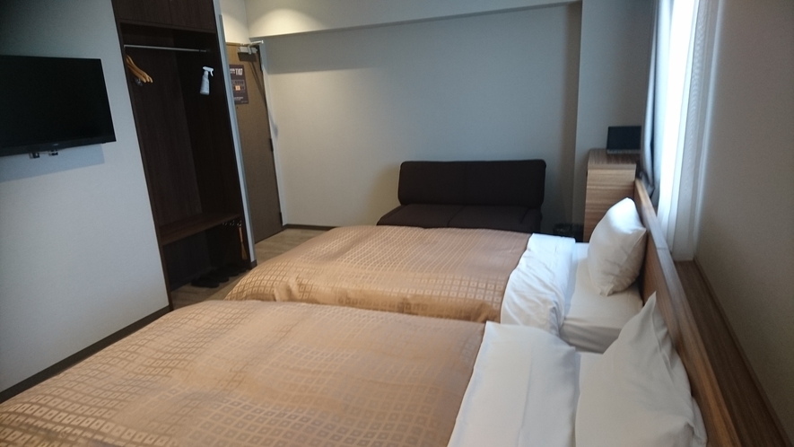 ツインルーム 室内面積:25平米 ベッド幅:110cm×2台