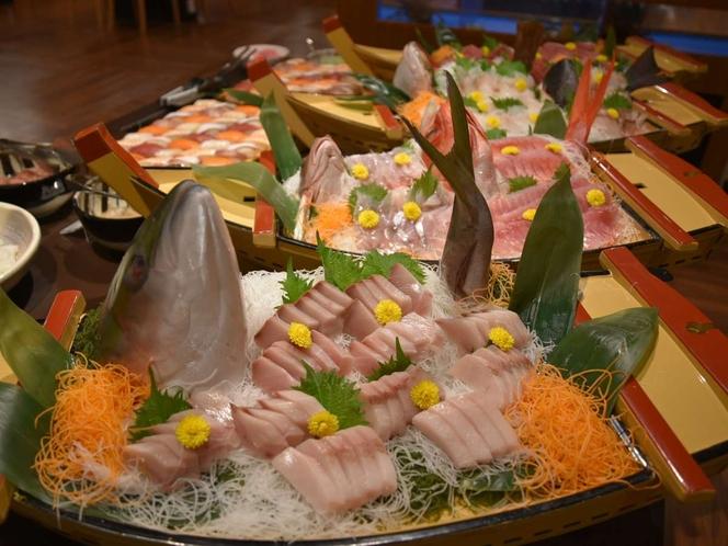 日替わりお刺身の舟盛り!朝も登場します♪お刺身食べ放題です。