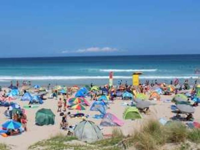 下田の海で夏気分!白浜ビーチへは当館より3.5km、車で約5分!