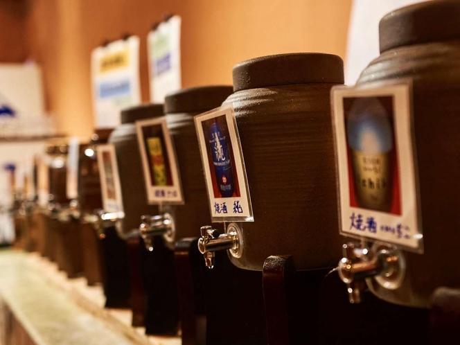お酒類の飲み放題は2500円(税別)。生ビール・瓶ビール・レモンサワー・焼酎各種・お酒・ハイボール等