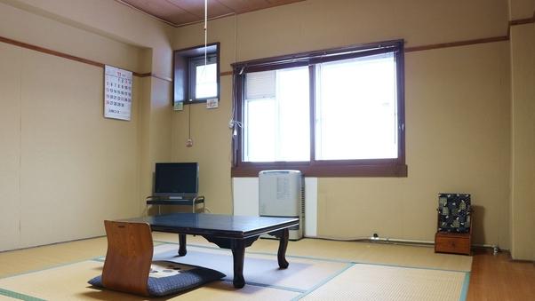 斑尾山を臨む★和室8畳(バストイレなし)