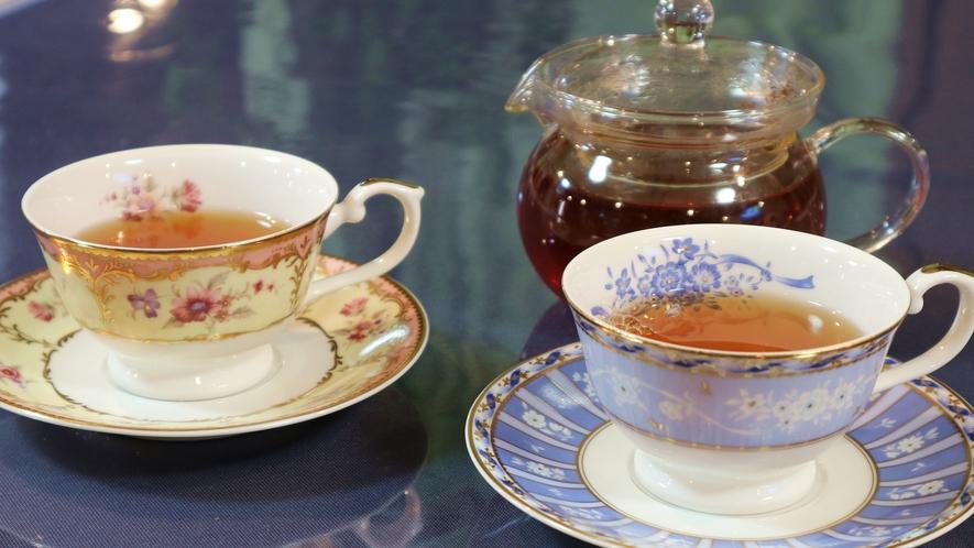 *[紅茶]紅茶好きの支配人が厳選したオススメ茶葉♪おしゃれなティーカップでいかがですか?