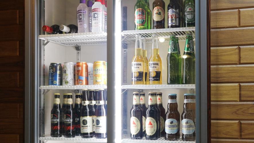 *[食堂一例]各国の瓶ビールをご用意しております。この機会に飲み比べしてみては?