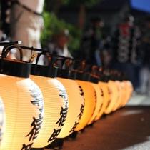佐原の大祭夏祭りでは提燈が町を照らします