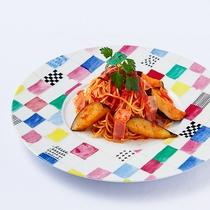 *[夕食一例/ベーコンとナスのトマトソース]単品メニューもございます