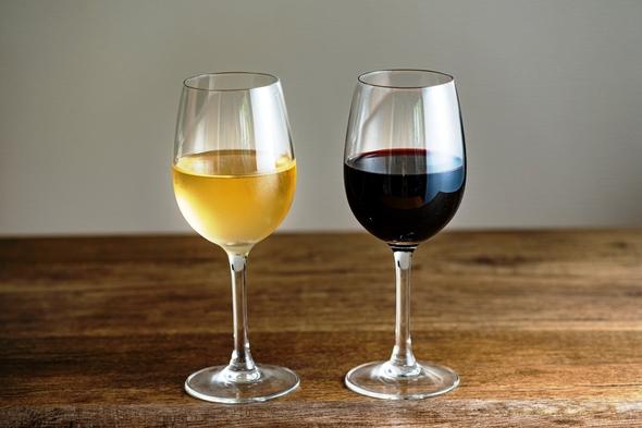 【アニバーサリー】ホールケーキ付!お子様のお誕生日や結婚記念日に…おいしいワインで乾杯♪