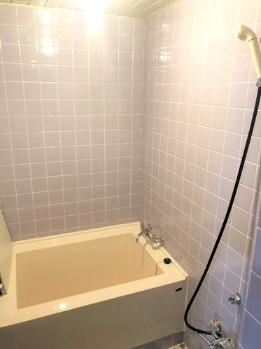 和洋室の部屋付きお風呂です。