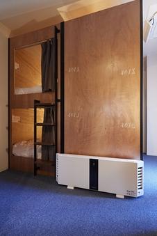 女性専用ドミトリー2段ベッド(共用バスルーム)