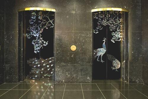 孔雀エレベーター