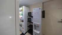 製氷機・電子レンジ