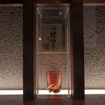 レストランを彩る小樽切子