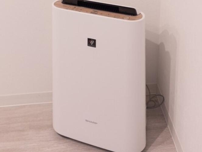 全室に空気洗浄器設置(シャーププラズマクラスター&加湿機能付き)