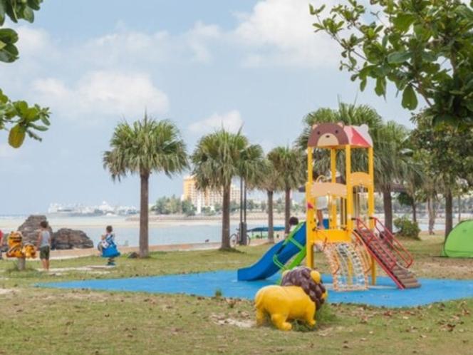 アラハビーチ(ARAHA BEACH)徒歩10分、お子様遊具