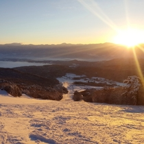 善光寺平と北信州の山々を望む、眺望抜群な「いいづなリゾートスキー場」