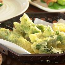 【夕食】春、山菜天ぷら