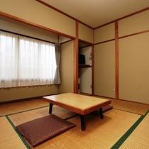 【客室】6畳(やまぶき)