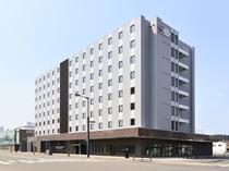 ホテル外観01大