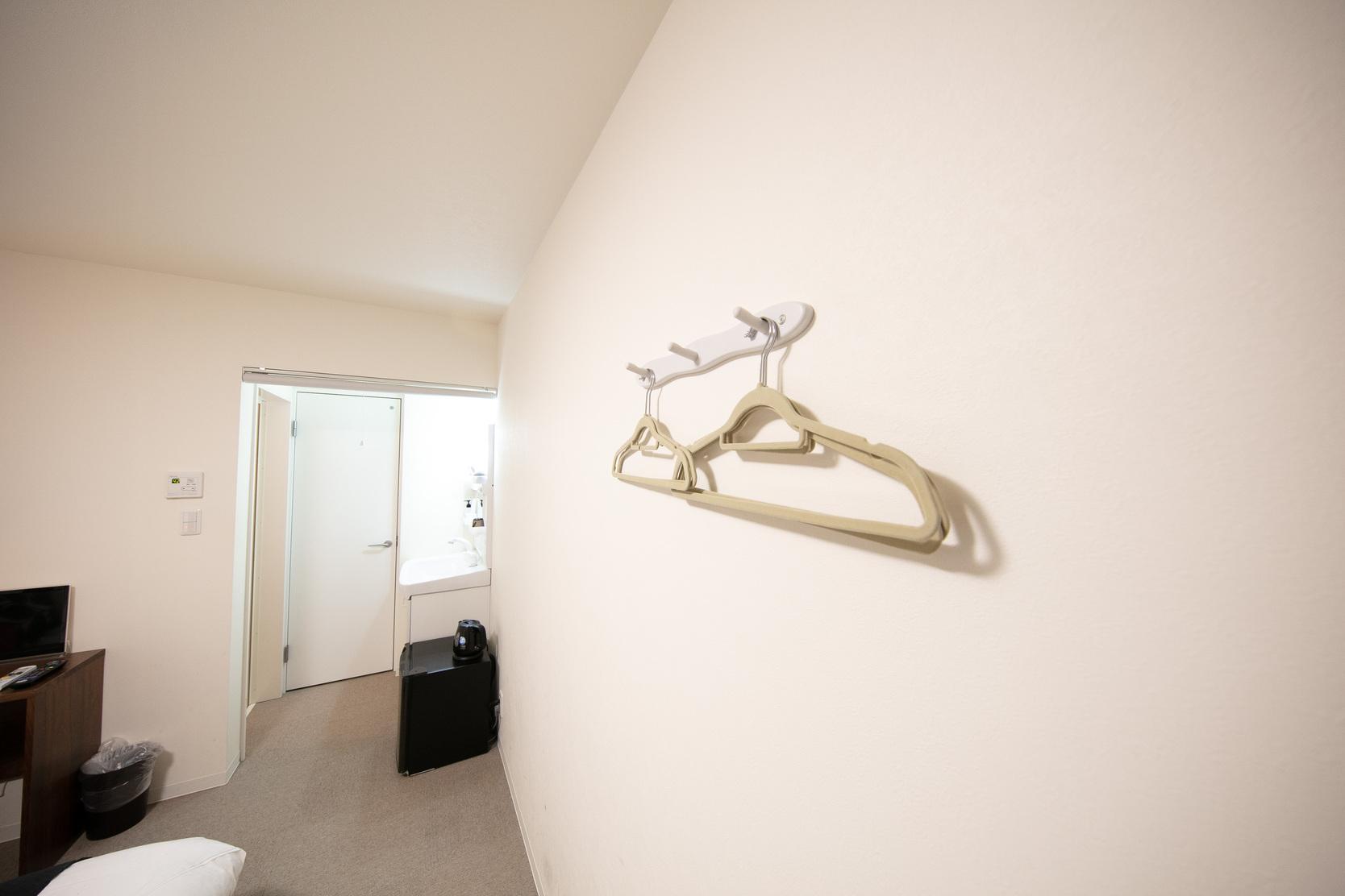 ダブルベッド2 102号室