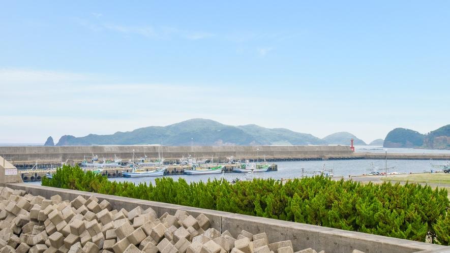 *【眺望一例】お部屋から見える勝本港です