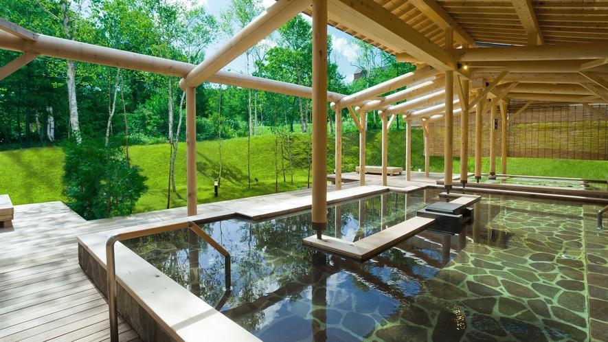 白樺の湯 深緑の露天風呂