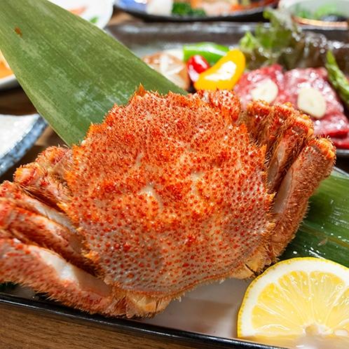 ■アラカルト料理■『ウトロ産茹で毛蟹』甘くてプリッとした身と濃厚なミソが絶品