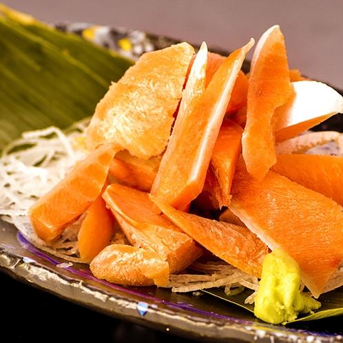 ■アラカルト料理■『羅臼産桜鱒ルイベ』北海道でもなかなか出回ることの少ない『桜鱒』をルイベにした逸品