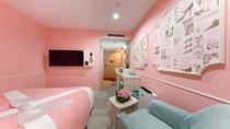 レディーススタンダード シャワー③ ベッドサイズはダブルサイズで広々140センチ幅。