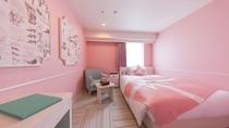 レディーススタンダード シャワー ベッドサイズはダブルサイズで広々140センチ幅。
