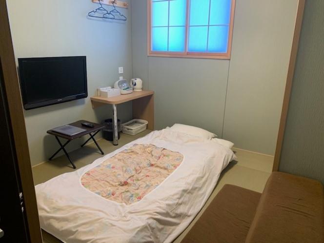 和室(4.5畳)のウォシュレットトイレ