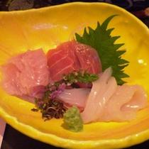 *富山湾直送の旬の海の幸を使ったお刺身(一例)