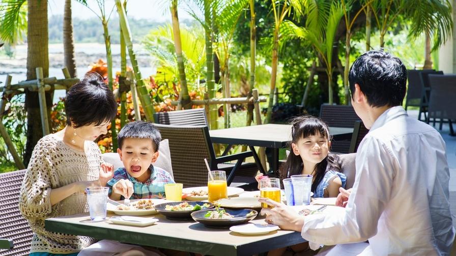 【楽パックスペシャル】青い海に360度囲まれたリゾートアイランド(朝食付)
