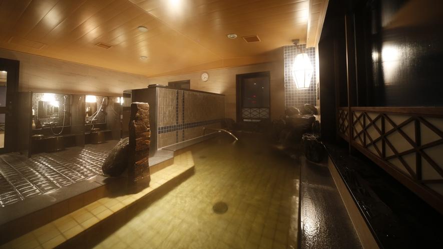 ◆男性大浴場≪天然温泉南部の湯≫ 内湯(湯温:40~41℃)