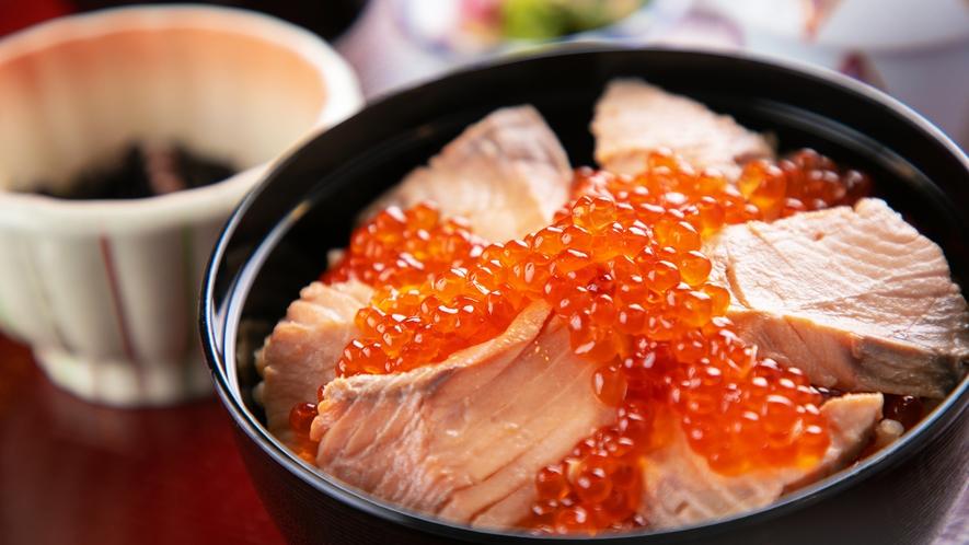 【名物☆海沿い宿の海鮮丼】