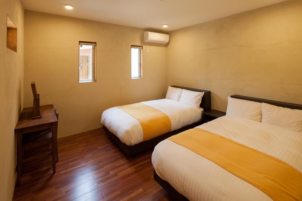 スイート 寝室