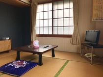 禁煙 和室/バス・トイレ付 6名定員