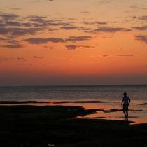 ホタテビーチ|サンセットも美しい♪夕方のお散歩も楽しめます。
