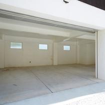 【MOF】|駐車場(無料) 最大4台収容